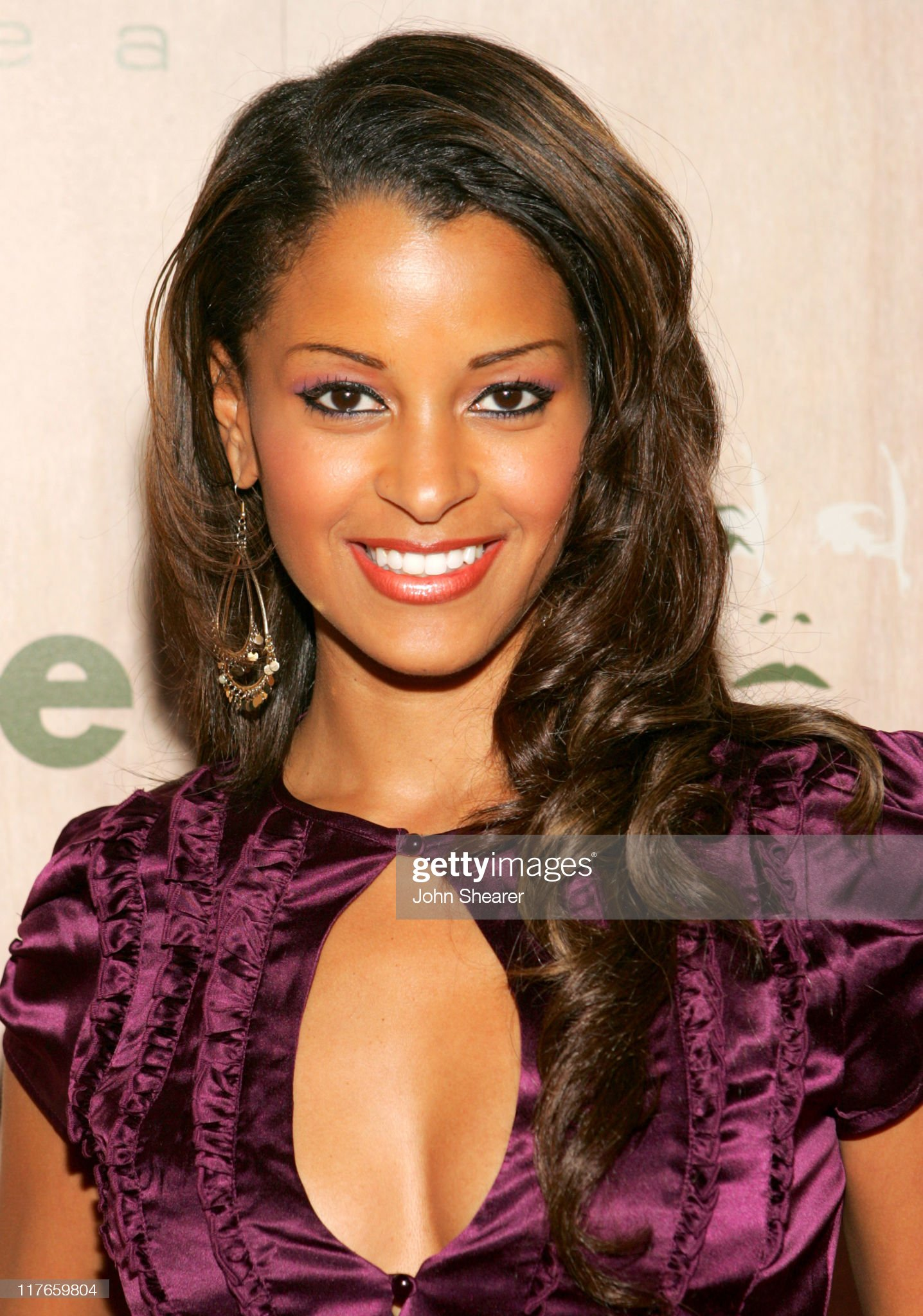 ¿Cuánto mide Claudia Jordan? - Real height Claudia-jordan-during-grand-opening-of-sbes-area-nightclub-red-carpet-picture-id117659804?s=2048x2048
