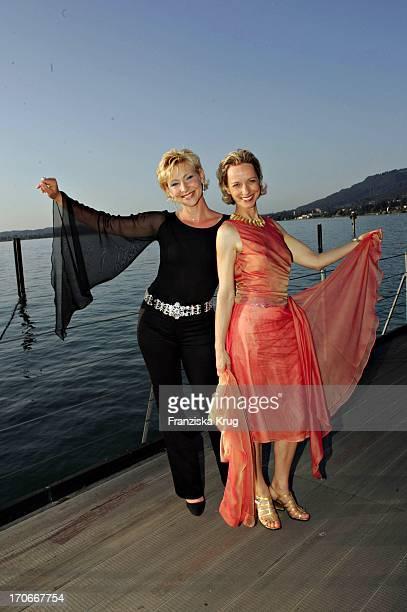 Claudia Jung Und Mareike Carriere Bei Der Premiere Der West Side Story Auf Der Seebühne Anlässlich Der Bregenzer Festspiele Am 220704