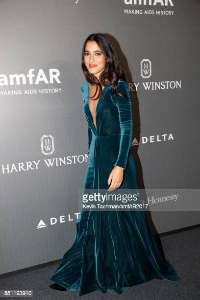 Claudia Lagona walks the red carpet at the amfAR Gala Milano on September 21 2017 in Milan Italy