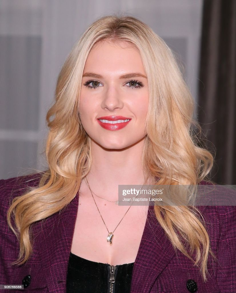 Claudia Lee attends the Wolk Morais Collection 6 Fashion Show on January 17, 2018 in Los Angeles, California.