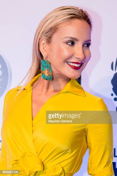 Claudia Leitte poses before a benefit auction at Hotel Unique on June 22 2017 in Sao Paulo Brazil