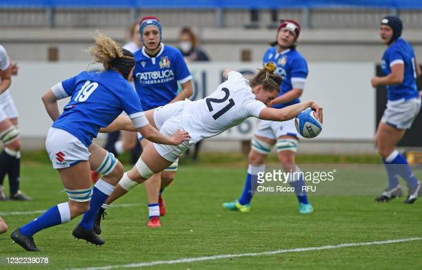 Claudia MacDonald of England scores a try during the Women's Six Nations match between Italy and England at Stadio Sergio Lanfranchi on April 10,...