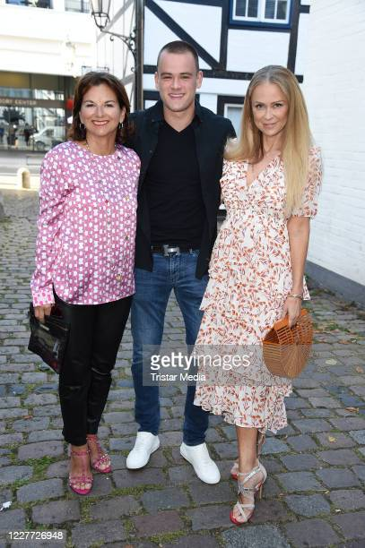 """Claudia Obert, Jenny Elvers and her son Paul Elvers during the """"Golden Things meets Pink Carpet"""" pre-closing Finissage at Studio 28 on July 21, 2020..."""