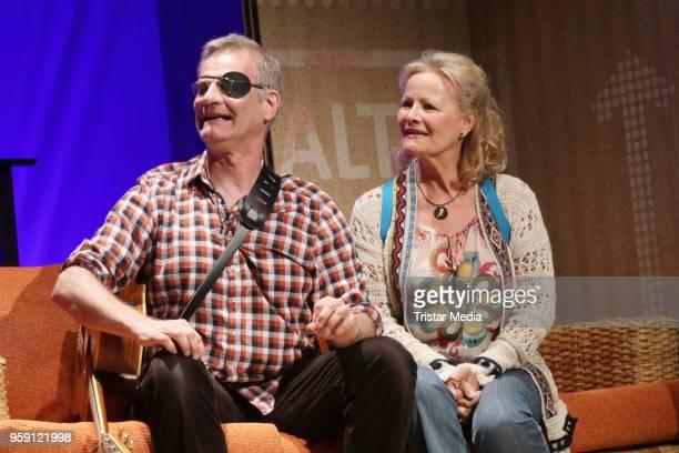 Claudia Rieschel and Heinrich Schafmeister during the rehearsal photo call to 'Wir sind die Neuen' on May 16 2018 in Hamburg Germany