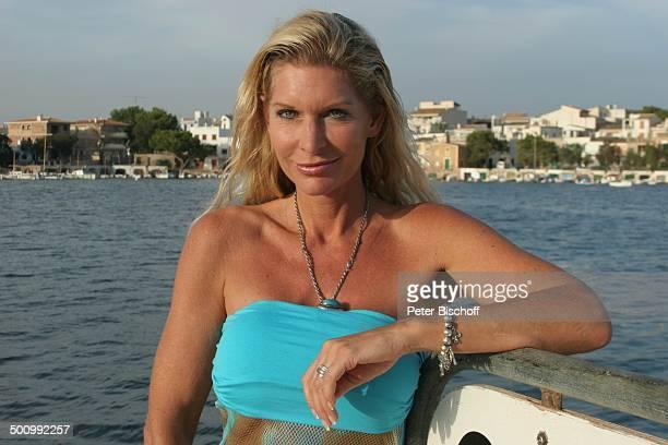 Claudia Roberts Urlaub Strand Es Trenc/Mallorca/Spanien Balearen Meer Mittelmeer Boot Hafen Sänger Sängerin Ehemann Familie Schlagersänger...