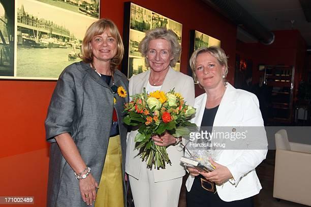 Claudia Rutt Angelika Jahr Und Marina Ruperti Beim 'Dkms Life Ladies Lunch' Im Au Quai In Hamburg