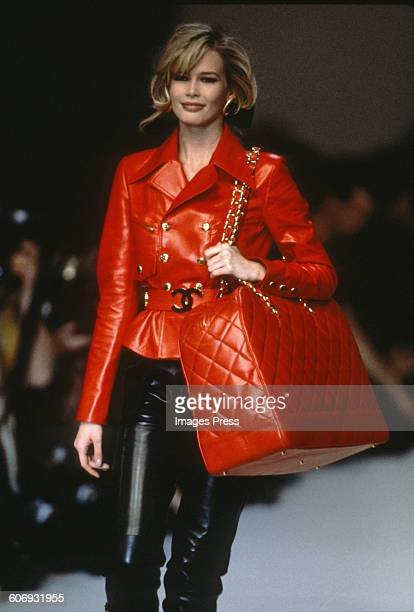 Claudia Schiffer at the Chanel Fall 1992 show circa 1992 in Paris France