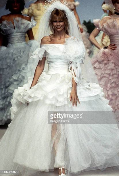 Claudia Schiffer at the Chanel Haute Couture Fall 1995 show circa 1995 in Paris France