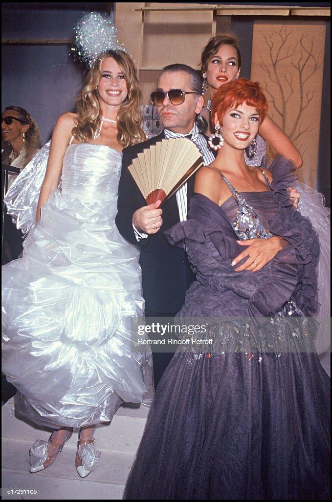 Haute Couture Fashion Show Fall Winter 1992 : News Photo