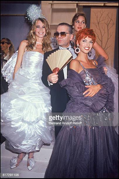 Claudia Schiffer Karl Lagerfeld Christy Turlington and Linda Evangelista Chanel Haute Couture fashion show fall winter 19921993 collection in Paris