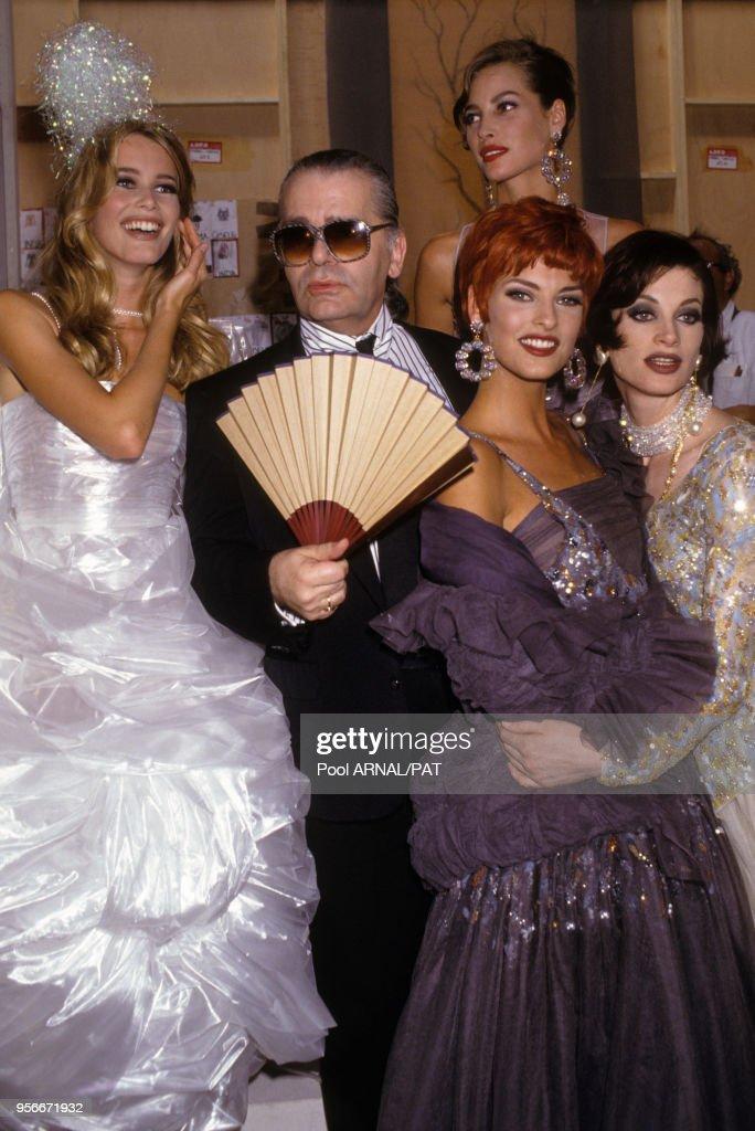 Défilé de Haute-couture Chanel hiver 1991 : Fotografia de notícias