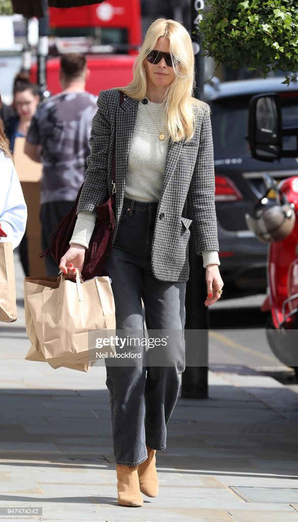 Claudia Schiffer seen shopping at Daylesford Organic in Westbourne Grove on April 17, 2018 in London, England.