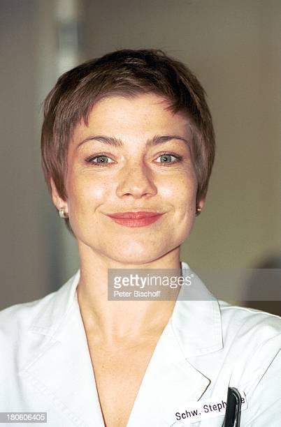 19 September 1966 Sternzeichen Jungfrau Schauspielerin Portrait Porträt