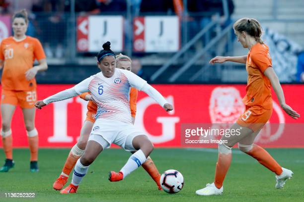 Claudia Soto of Chili Women Vivianne Miedema of Holland Women during the International Friendly Women match between Holland v Chile at the AFAS...