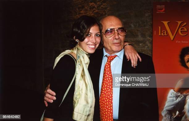 Claudia Squitieri, la fille Claudia Cardinale, en compagnie de son père Pasquale Squitieri le 3 avril 2000 à Paris, France.