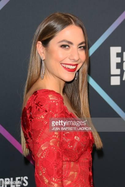 Claudia Vergara arrives for the People's Choice Awards 2018 at Barker Hangar in Santa Monica California on November 11 2018