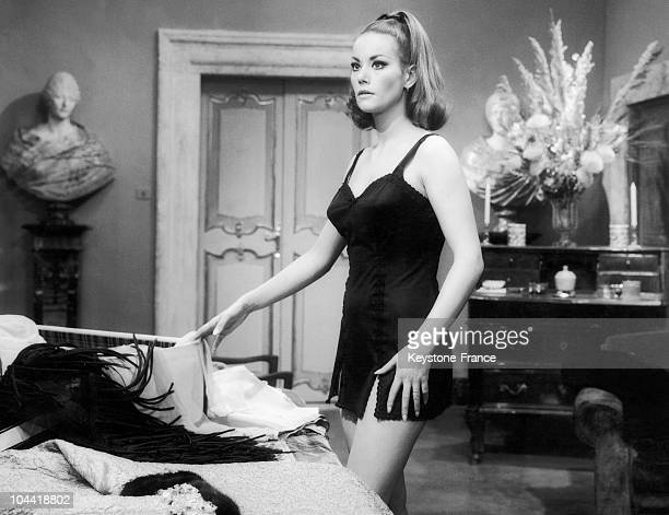 Claudine Auger During The Shooting Of The Movie Le Dolci Signore In 1967