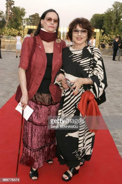 Claudine Auger et Judith Magre