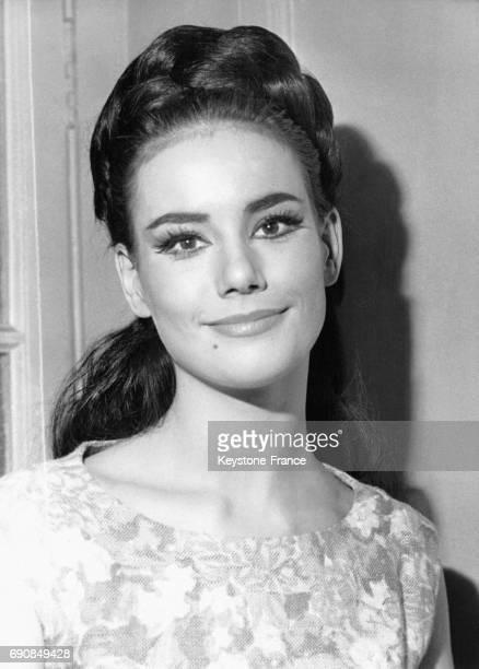 Claudine Auger âgée de 22 ans et Miss France obtient un premier accessit au Conservatoire à Paris France le 2 juillet 1963