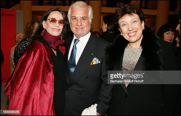 Claudine Auger Jean Claude Brialy and Roselyne Bachelot at the 12th Gala Performance Musique Contre L' Oubli In Aid Of Amnesty International At...