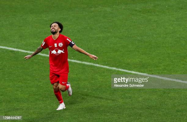 Claudinho of Red Bull Bragantino celebrates after scoring the second goal of his team during the match between Corinthians and Red Bull Bragantino as...
