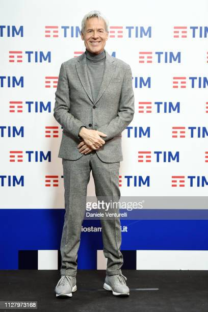 Claudio Baglioni attends a photocall on the third day of the 69. Sanremo Music Festival at Teatro Ariston on February 07, 2019 in Sanremo, Italy.