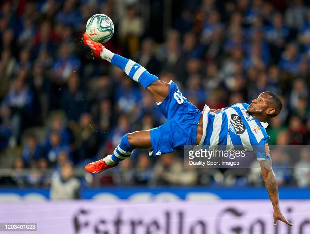 Claudio Beauvue of Deportivo de La Coruna shots on goal during the La Liga Smartbank match between Deportivo de La Coruna and UD Las Palmas at Riazor...