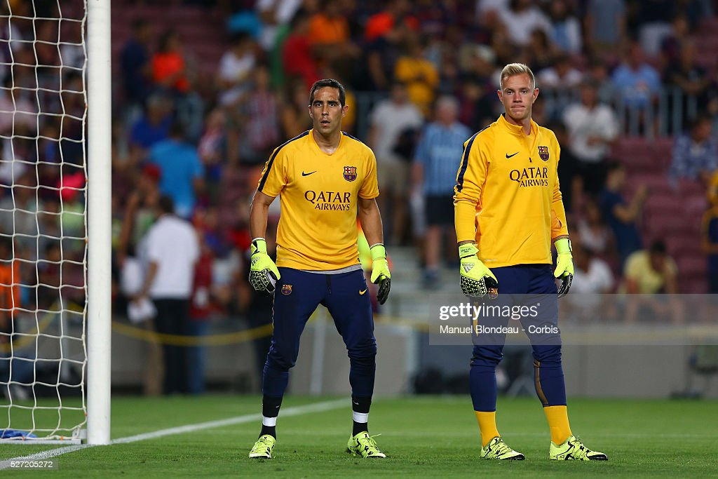 Football - Spanish Super Cup final - FC Barcelona vs Athletic Club Bilbao : News Photo