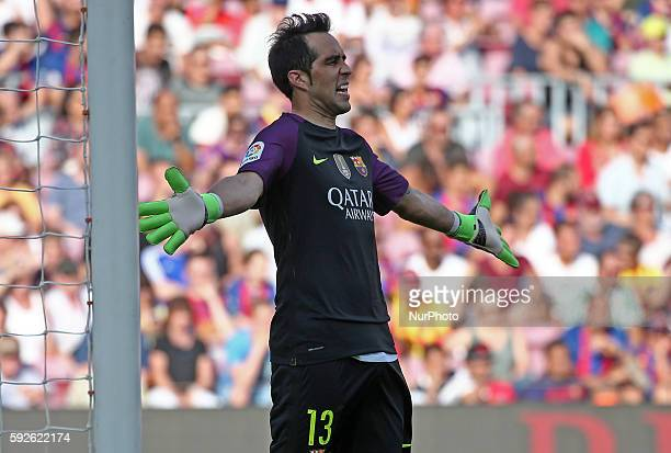 Claudio Bravo during La Liga match between FC Barcelona v Betis in Barcelona on August 20 2016