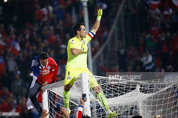 Claudio Bravo of Chile celebrates after winning the 2015 Copa America Chile Final match between Chile and Argentina at Nacional Stadium on July 04,...