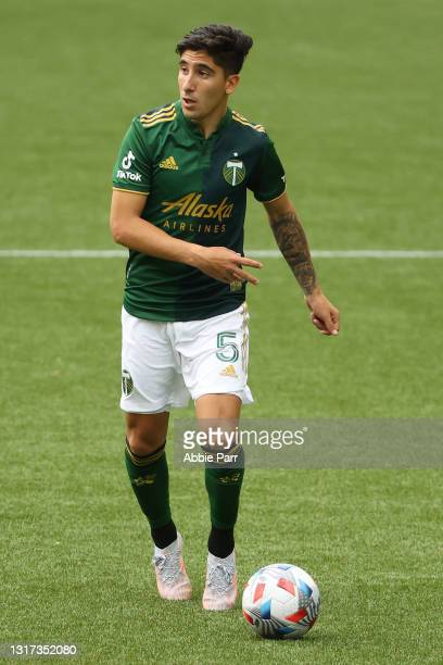 Claudio Bravo of Portland Timbers controls the ball in the second half against the Seattle Sounders at Providence Park on May 09, 2021 in Portland,...
