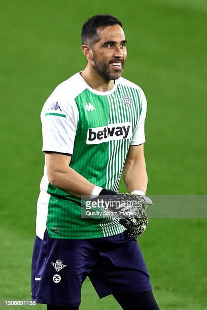 Claudio Bravo of Real Betis warms up prior the La Liga Santander match between Real Betis and Deportivo Alavés at Estadio Benito Villamarin on March...
