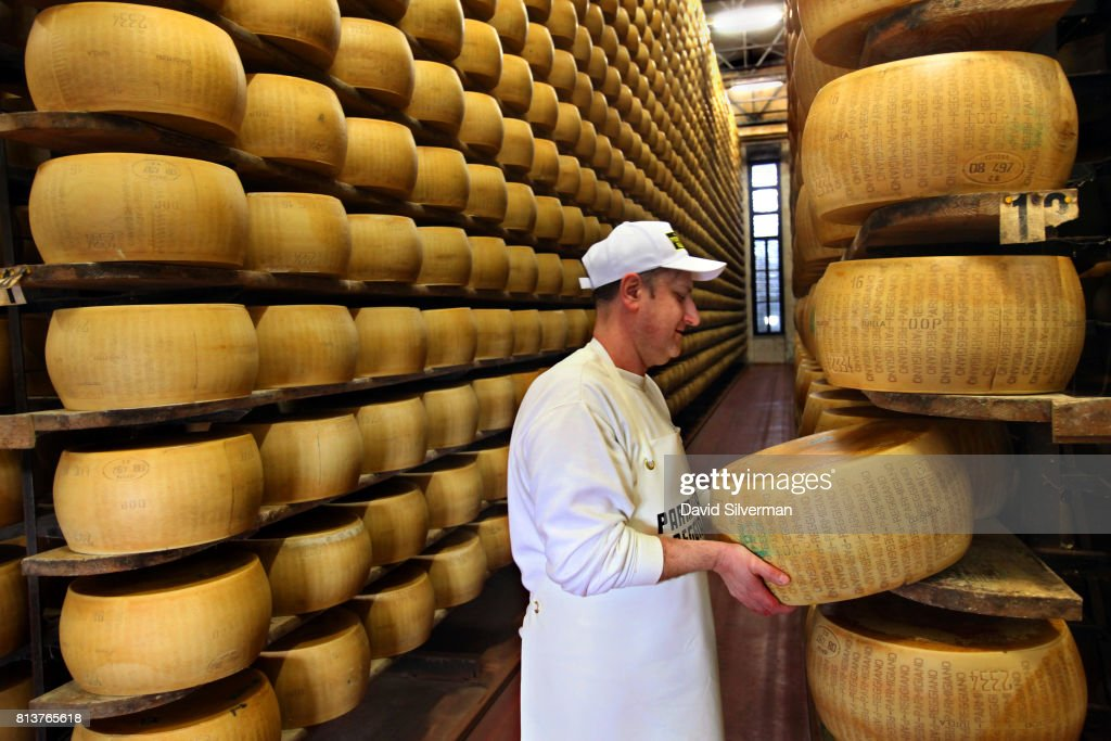 Parmigiano-Reggiano Production : News Photo