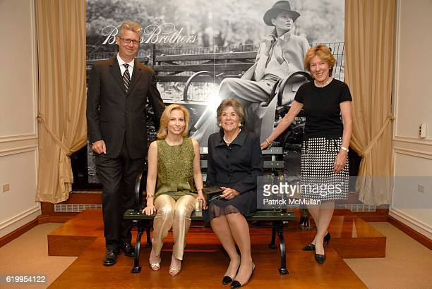 Claudio Del Vecchio Gillian Miniter Guests attend BROOKS BROTHERS Supports The Central Park Concervancy at Brooks Brothers on October 7 2008 in New...