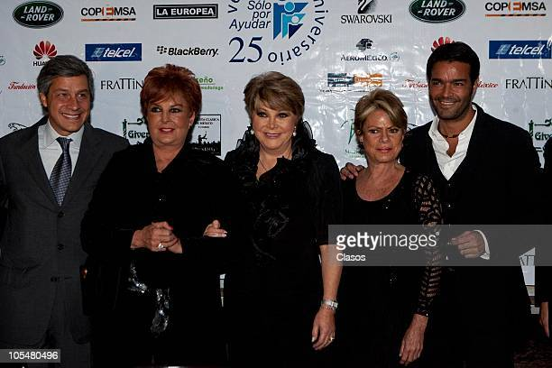 Claudio Gonzalez , Talina Fernandez, Lolita Ayala and Pablo Montero attend a press conference on the 25 years of the charity foundation Solo Por...