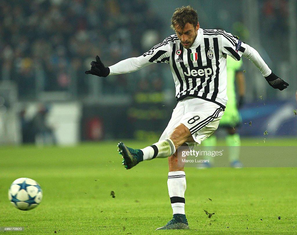 Juventus v Manchester City FC - UEFA Champions League : News Photo