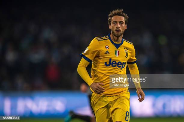 Claudio Marchisio of Juventus in action during the Serie A match between SSC Napoli and Juventus at Stadio San Paolo on December 1 2017 in Naples...