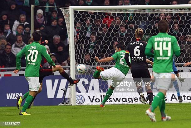 Claudio Pizarro of Bremen scores his team's opening goal during the Bundesliga match between SV Werder Bremen and Bayer 04 Leverkusen at Weser...