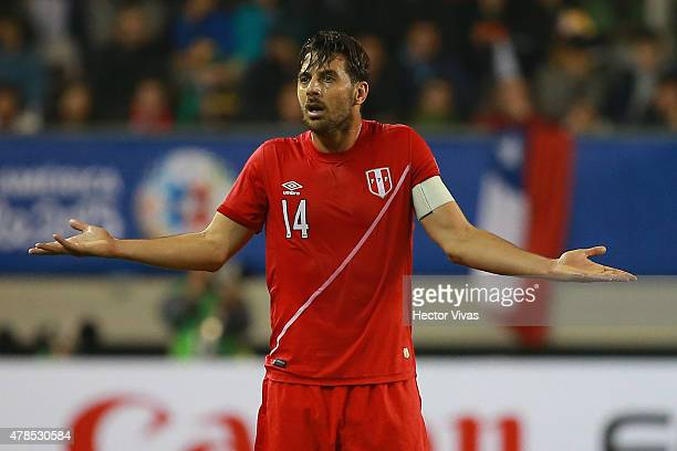 Claudio Pizarro of Peru reacts during the 2015 Copa America Chile quarter final match between Peru and Bolivia at German Becker Stadium on June 25...