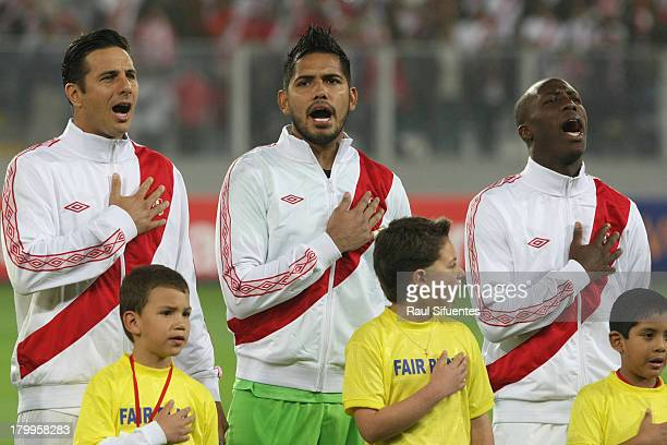 Claudio Pizarro Raul Fernandez and Luis Advincula of Peru before a match between Peru and Uruguay as part of the 15th round of the South American...