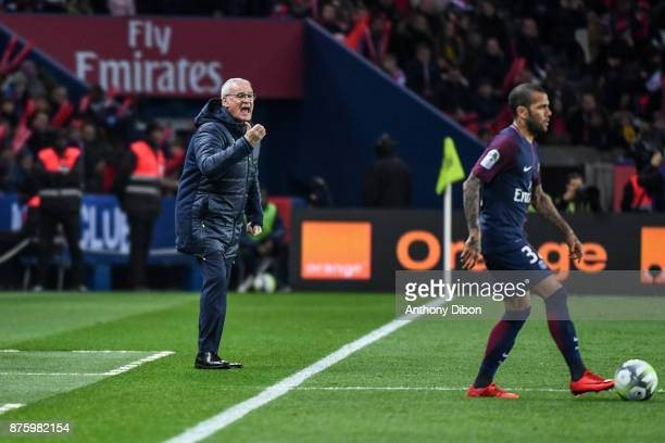 Claudio Ranieri coach of Nantes during the Ligue 1 match between Paris Saint Germain and Nantes at Parc des Princes on November 18 2017 in Paris