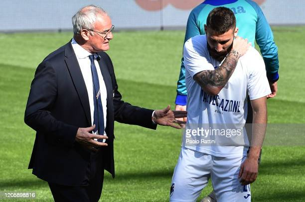Claudio Ranieri head coach of UC Sampdoria and Lorenzo Tonelli during the warmup before the Serie A match between UC Sampdoria and Hellas Verona at...