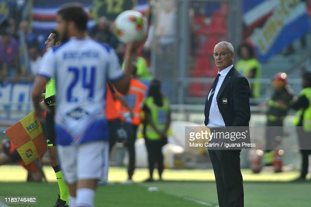 Claudio Ranieri head coach of UC Sampdoria looks on during the Serie A match between Bologna FC and UC Sampdoria at Stadio Renato Dall'Ara on October...