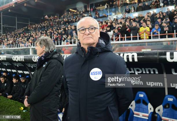 Claudio Ranieri head coach of UC Sampdoria looks on during the Serie A match between Genoa CFC and UC Sampdoria at Stadio Luigi Ferraris on December...