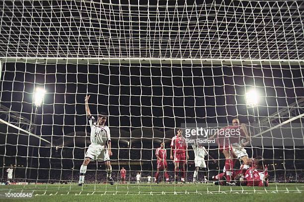 Claudio Reyna of the USA celebrates the goal of Brian McBride during the1998 FIFA World Cup Group F match between the USA and Iran on 21 June 1998...