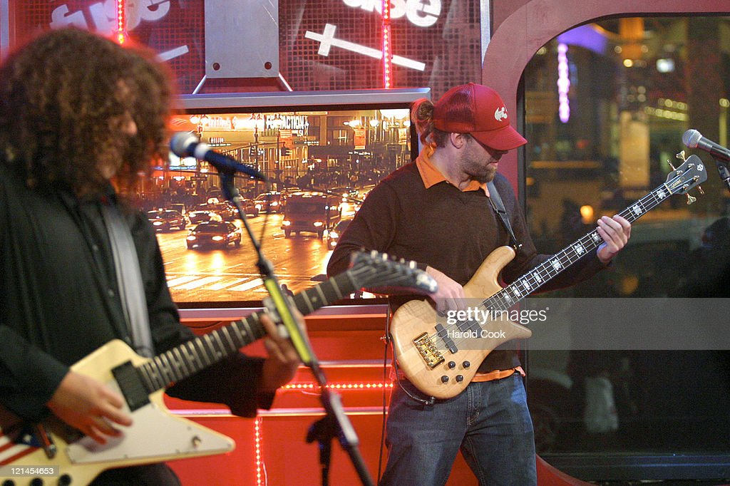 """Coheed and Cambria Visits Fuse's """"Daily Download"""" - November 22, 2004"""