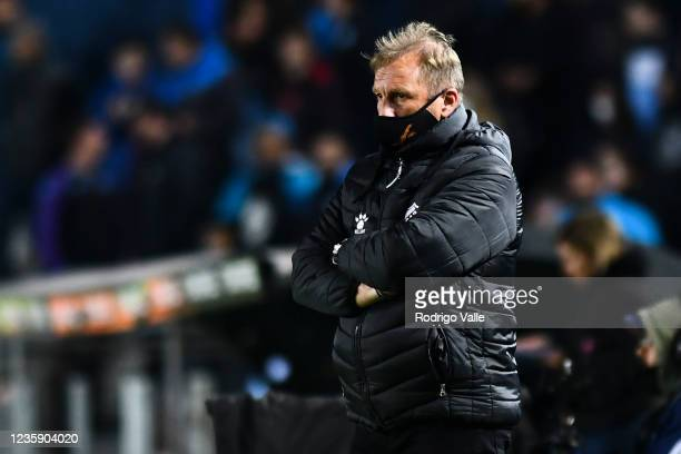 Claudio Sponton head coach of Platense reacts during a match between Racing and Platense as part of Torneo Liga Profesional 2021 at Presidente Peron...