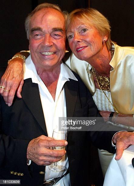 Claus Biederstaedt Ehefrau Barbara Biederstaedt private Geburtstagsfeier zum 75Geburtstag Berlin Deutschland Europa Theater am Kurfürstendamm...