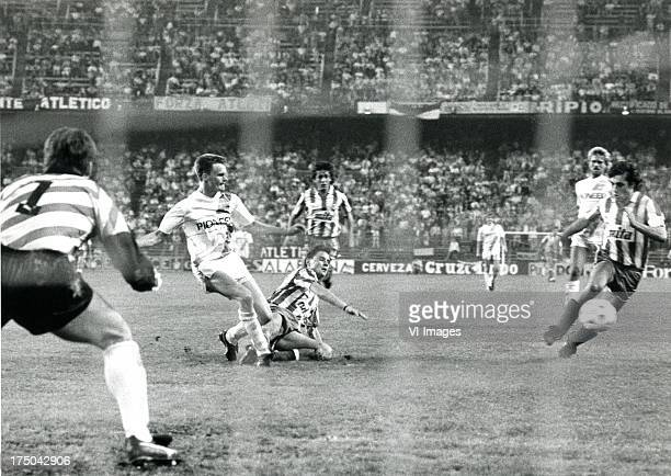 Claus Boekweg during the Europa Cup 3 match between Atletico Madrid and FC Groningen on october 5 1988 in Madrid The Netherlands
