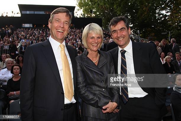 Claus Kleber Mit Gundula Gause Und Ihrem Ehemann Peter Schmitz Vor Der Premiere Der Nibelungenfestspiele In Worms